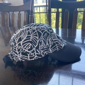lululemon Race to Place Run Hat - black and white